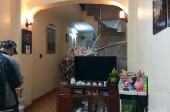 Cần bán nhà phố Giáp Bát, Hoàng Mai, Hà Nội, SĐCC: 50m2*3 tầng, nhà đẹp 4,2 tỷ có giảm: 0962552279