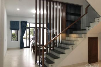 Cần bán căn nhà đẹp 3 tầng mê lệch, mặt tiền đường Hà Bồng(song song đường 29-3), Hòa Xuân, Đà Nẵng