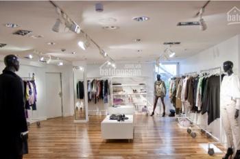Cho thuê cửa hàng mặt phố vị trí cực đẹp phố Hàng Trống, diện tích 45m2, MT 4m