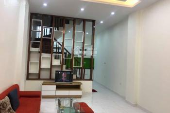 Nhà đẹp chính chủ vừa hoàn thiện đường Nguyễn Khánh Toàn, 41m2 x 5 tầng, 6PN, giá chỉ 4,5 tỷ