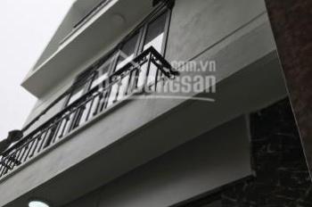 Bán nhà trong ngõ 678 Đê La Thành, gần đại học Văn Hóa