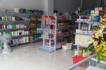 Cần sang gấp tiệm tạp hóa 1 trệt 1 lầu, đường Hoàng Hoa Thám, Tân Bình. Doanh thu 250tr, 0929601452