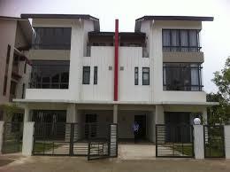 Cần tiền bán gấp nhà đường Lê Hồng Phong, Q. 5, DT: 9x18m giá chỉ hơn 16 tỷ