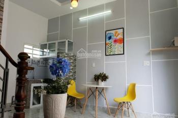 Nhà chỉ 845tr (100%), đẹp lung linh, rộng rãi ở đến 4- 5 người, ở ngã tư Ga