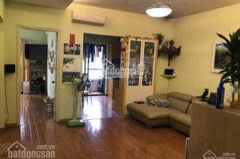 Chính chủ cần bán căn hộ chung cư C37 Bắc Hà Bộ Công An, DT: 120m2, 3PN, 2WC. LH 0961.820.768