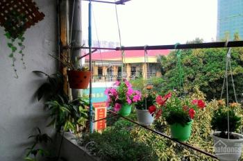 Bán gấp căn hộ 3 phòng ngủ, 3 mặt thoáng, sđcc, 1.8 tỷ , trung tâm Quận Hai Bà Trưng,  Hà Nội