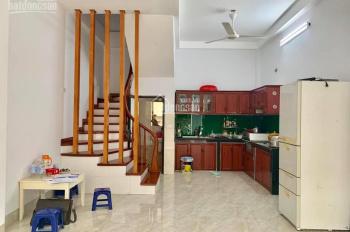 Bán nhà đẹp Thượng Thanh- Ngô Gia Tự, Long Biên 45x4 tầng, chỉ 2.85 tỷ