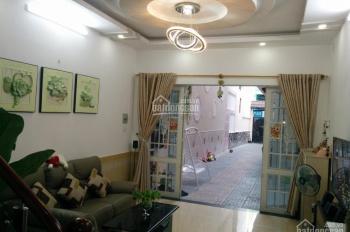 Cho thuê nhà nguyên căn, hẻm xe hơi, 1T 3L 5 PN, có sân riêng rộng dài, phường 9, q. Phú Nhuận