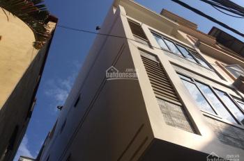 Bán nhà Bằng B, Linh Đàm, Hoàng Mai, 36m2, 5 tầng, ô tô vào nhà, kinh doanh tốt