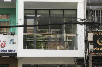 Bán nhà mặt tiền Hưng Phú, P. 10, Q. 8 (gần chợ Xóm Củi), tặng hết nội thất