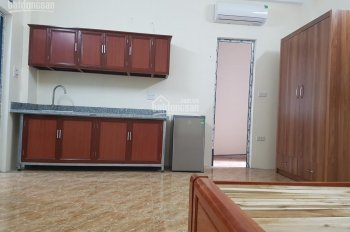 Chính chủ cho thuê phòng đủ đồ mới xây, cách phố Trần Thái Tông 100m