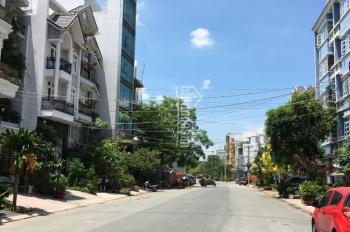 Cần bán căn nhà đường Phạm Hữu Lầu, quận 7 giá 3.3 tỷ