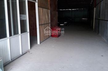 Thuê nhà xưởng Quận 4, đường Nguyễn Tất Thành, DT 300m2 LH 0909 62 89 11