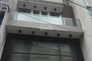 Cho thuê nhà đẹp MT đường Trần Hưng Đạo, gần chợ Bến Thành, Q1, 5x20m, trệt, 3 lầu, Giá: 50 triệu.