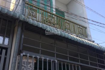 Bán nhà đúc 1 trệt 1 lầu, gần đường Lý Thường Kiệt, gần trường tiểu học Dĩ An C. LH 0983189384