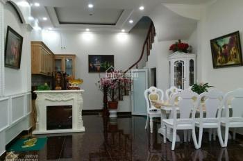 Bán nhà Lương Yên, Đê Trần Khát Chân, xây mới tinh 50m2, thoáng 2 mặt, cách phố 5m, giá 4.2 tỷ
