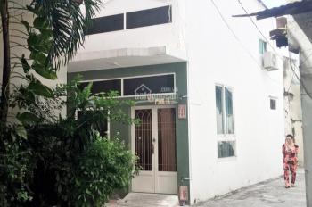 Bán nhà cấp 4, 2 mặt tiền hẻm xe hơi, DT đất 47m2 tiện xây mới KDC Bột Mì, Bến Bình Đông, Q. 8