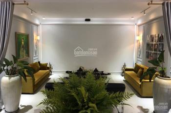 Penthouse cao cấp Khánh Hội Q4 gồm 3PN, nội thất cao cấp, cho thuê gấp giá 64.82tr. LH 0909.247.375