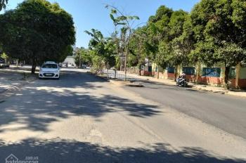 Gia đình bán đất đường 49, khu 10 mẫu, cách Nguyễn Duy Trinh 100m, Quận 2, 5x20m. Giá 6.5 tỷ