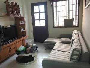 Bán chung cư Phạm Viết Chánh, quận Bình Thạnh. DT 68m2, 2 phòng ngủ, nội thất, 2.5tỷ