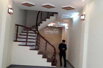 Cần bán nhà riêng phố Kim Đồng, Hà Nội, 43m2*4 tầng, MT: 4m, giá: 4.05 tỷ có giảm, 0986592345