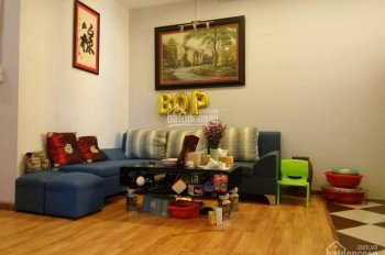 Chuyển chỗ ở nên gia đình cần bán gấp căn hộ 2PN ở Hoàng Mai, tầng 6, giá chỉ 1 tỷ đầy đủ nội thất