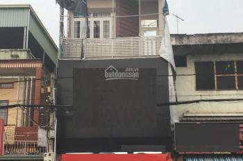 Cho thuê mặt bằng kinh doanh shop quần áo nằm ngay mặt tiền CMT8, Phú Cường. Giá 15 triệu/th