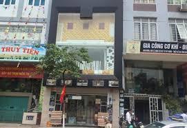 Cho thuê cửa hàng  MP Mai Hắc Đế, nhà đẹp khu đông dân, nhiều văn phòng, sầm uất. LH 0976127158