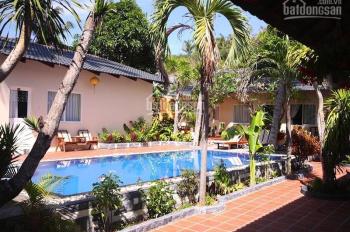 Bán resort 1100m2 phía đồi mặt đường Nguyễn Đình Chiểu phường Hàm Tiến, LH 0935570105