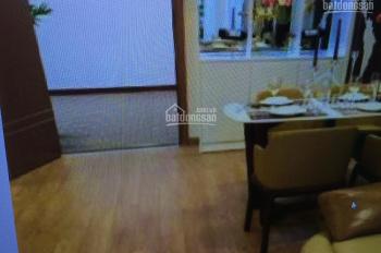 Cần bán căn hộ tập thể Nghĩa Tân nhà A10, DT 80m2, 3 phòng ngủ 1 PK