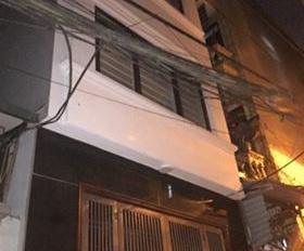 Bán gấp nhà phố Phan Đình Giót, nhà đẹp, ô tô, DT: 48m2, giá 4,5 tỷ. LH Thoa BĐS thổ cư: 0986189696