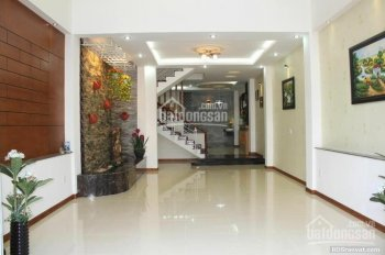 Nhà cực đẹp mặt phố Nguyễn Tiểu La, phường 8, quận 10, DT 4.3 x 14m, giá 14.8 tỷ