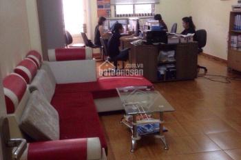 Cho thuê nhà hẻm xe hơi đường Yên Thế, khu sân bay, Tân Bình. LH: 0919.83.62.67