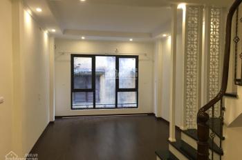 Bán nhà đẹp 2,6 tỷ, 30m2 x 4T, ngõ 20 Lương Yên, cách mặt phố 70m, ngõ thông thoáng, giá 2,6 tỷ