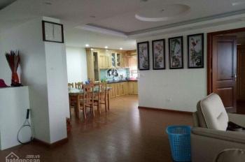 Chính chủ bán penhouse chung cư Thăng Long Victory 244.7 m2, vào ở luôn, giá 3 tỷ. LH: 0969616636