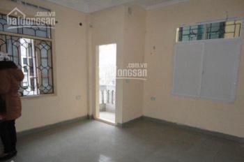 Cho thuê nhà Lê Thanh Nghị, Bách Khoa 40m2 x 4.5 tầng, giá 10tr/th. LH 0948279555