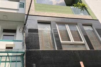 Cần tiền bán gấp nhà đường Nguyễn Thị Minh Khai, Q3. DT 4x25m, nhà 4 lầu