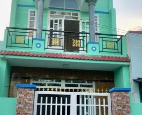 Cần tiền bán gấp nhà Bông Sao, Q8, 52m2, 1 trệt 1 lầu, 1,8 tỷ, SHR, hẻm xe hơi. LH 0933049286 Ms Vy