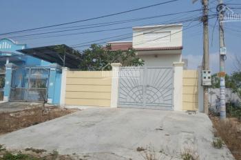Bán nhà đường Trần Quý Dõng TT Phước Hải, Huyện Đất Đỏ Vũng Tàu, 8x20m giá 4 tỷ chính chủ 090697379