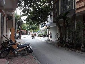 Chính chủ cho thuê nhà ngõ Trần Quý Kiên