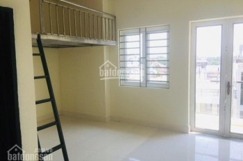 Phòng mới xây có gác giá sinh viên cho thuê gần Co. Opmart Phan Văn Trị, Gò Vấp