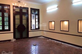 Chính chủ bán nhà mặt phố cổ phân khúc cực hiếm, Cửa Bắc, Ba Đình, liên hệ: Lệ 0966.81.81.82