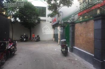 Nhà HXT Nguyễn Chí Thanh, P9, Q5 sân trước nhà 5m, DT: 4,2x18m. Giá 7,8 tỷ thương lượng