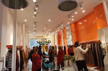 Sang nhượng cửa hàng thời trang tại Phố Huế, 80m2 x 2 tầng, 55tr/tháng