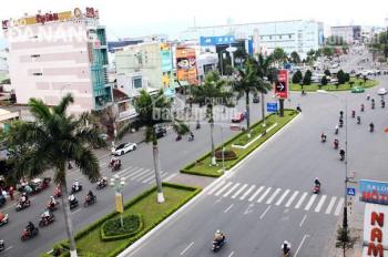 Bán nhà 2 mặt tiền Điện Biên Phủ, DT 11x20m, gần showroom ô tô Mazda, Vietcombank