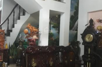 Bán nhà vị trí đẹp, giá đầu tư, 3 lầu, 4.5x12m, hẻm ôtô 50m ra Đình Phong Phú, 4000m Lê Văn Việt