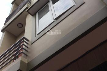 Cho thuê cả nhà riêng ngõ phố Nguyễn Ngọc Vũ, Cầu Giấy. DT 55m2 x 4 tầng, giá chỉ 20 triệu/ tháng