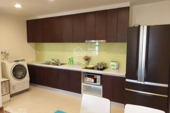 Cho thuê căn hộ Fafilm, 3PN, đồ cơ bản, giá 11tr. Lh 0989789233