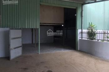 Cho thuê nhà xưởng diện tích 1.800m2 và 700m2 Phường Thạnh Lộc, Quận 12, xe container ra vào
