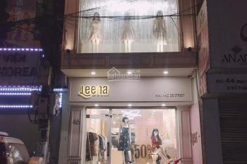 Sang nhượng cửa hàng thiết kế nữ vừa sửa, diện tích 83m2 x 3,5T, mặt phố Mai Hắc Đế